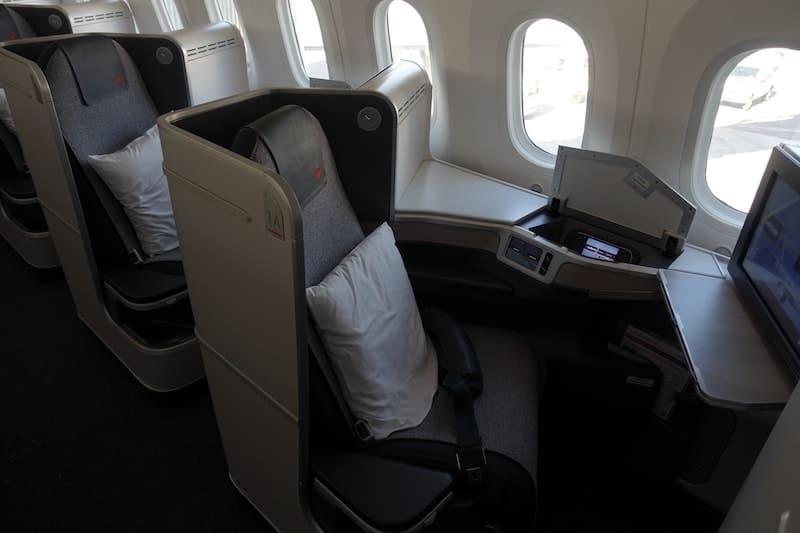 ac497 montreal toronto air canada boeing 787 30