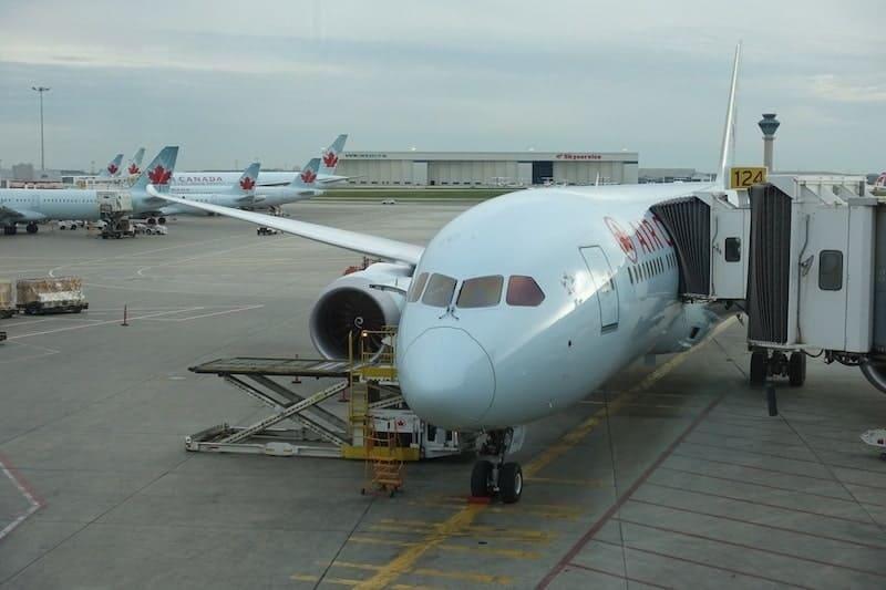 ac497 montreal toronto air canada boeing 787 75