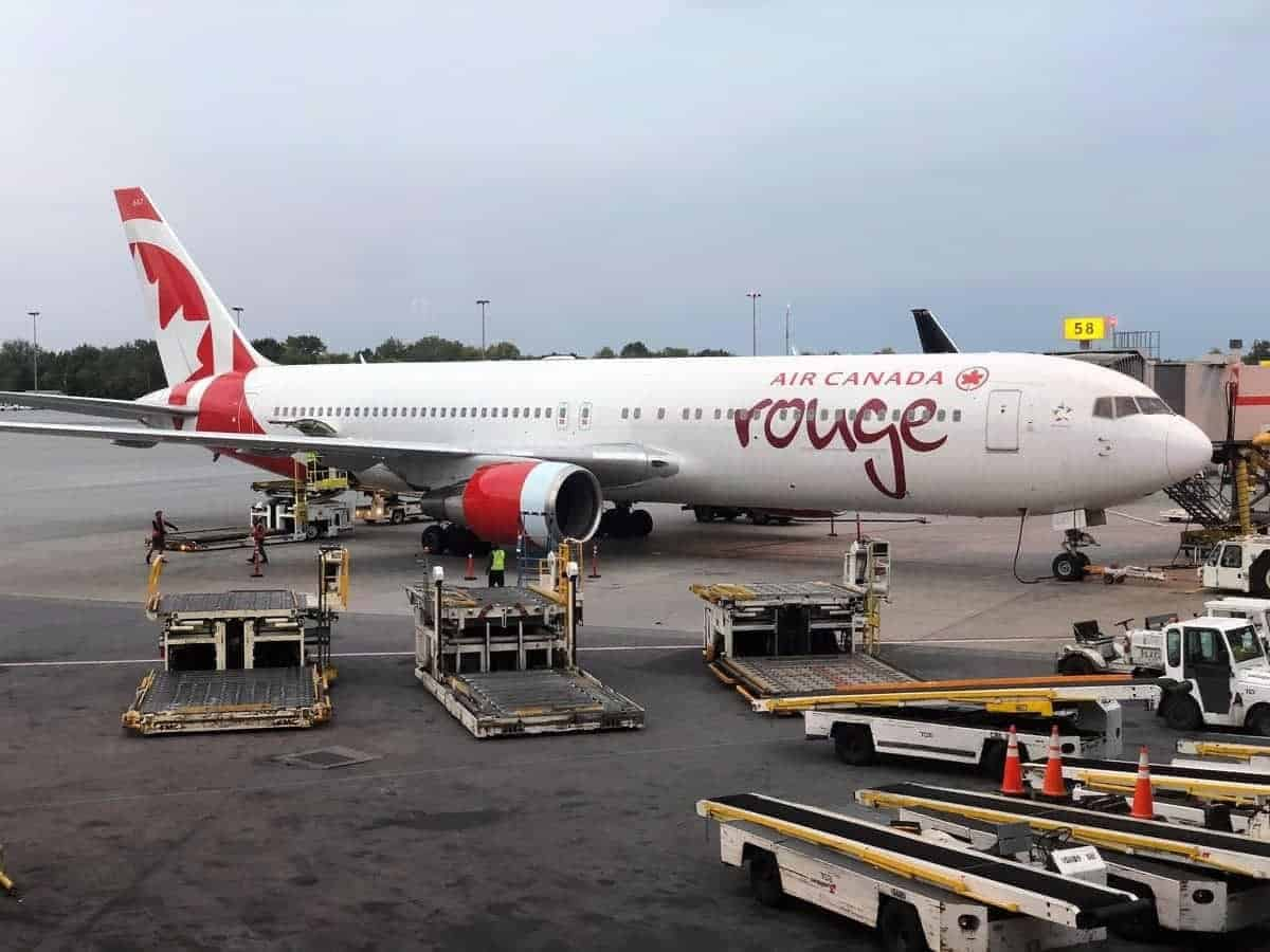air canada rouge 767