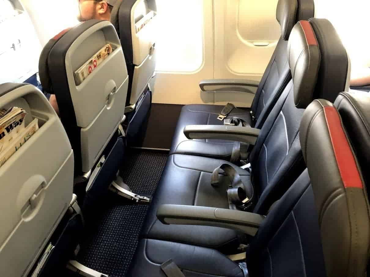 american airlines yul phl msy 23