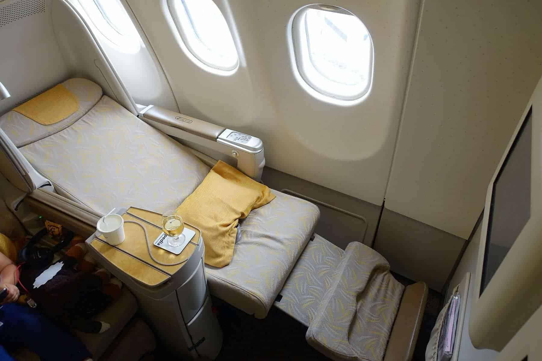 asiana airlines a330 business class sgn icn 25