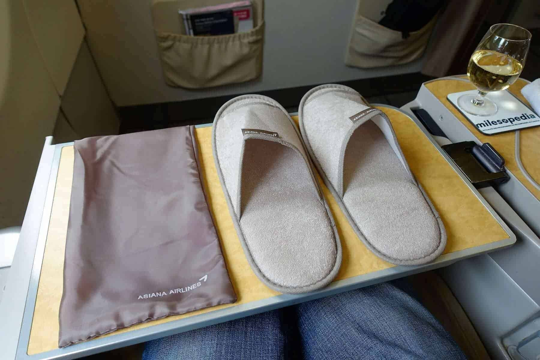 asiana airlines a330 business class sgn icn 32