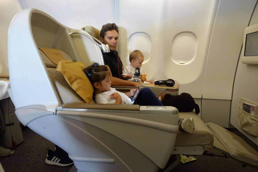 asiana airlines a330 business class sgn icn 49