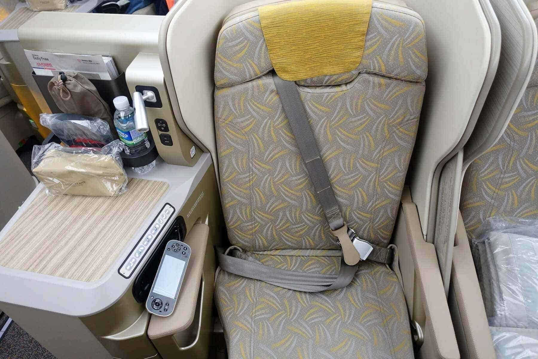 asiana airlines a350 business class icn sfo 27