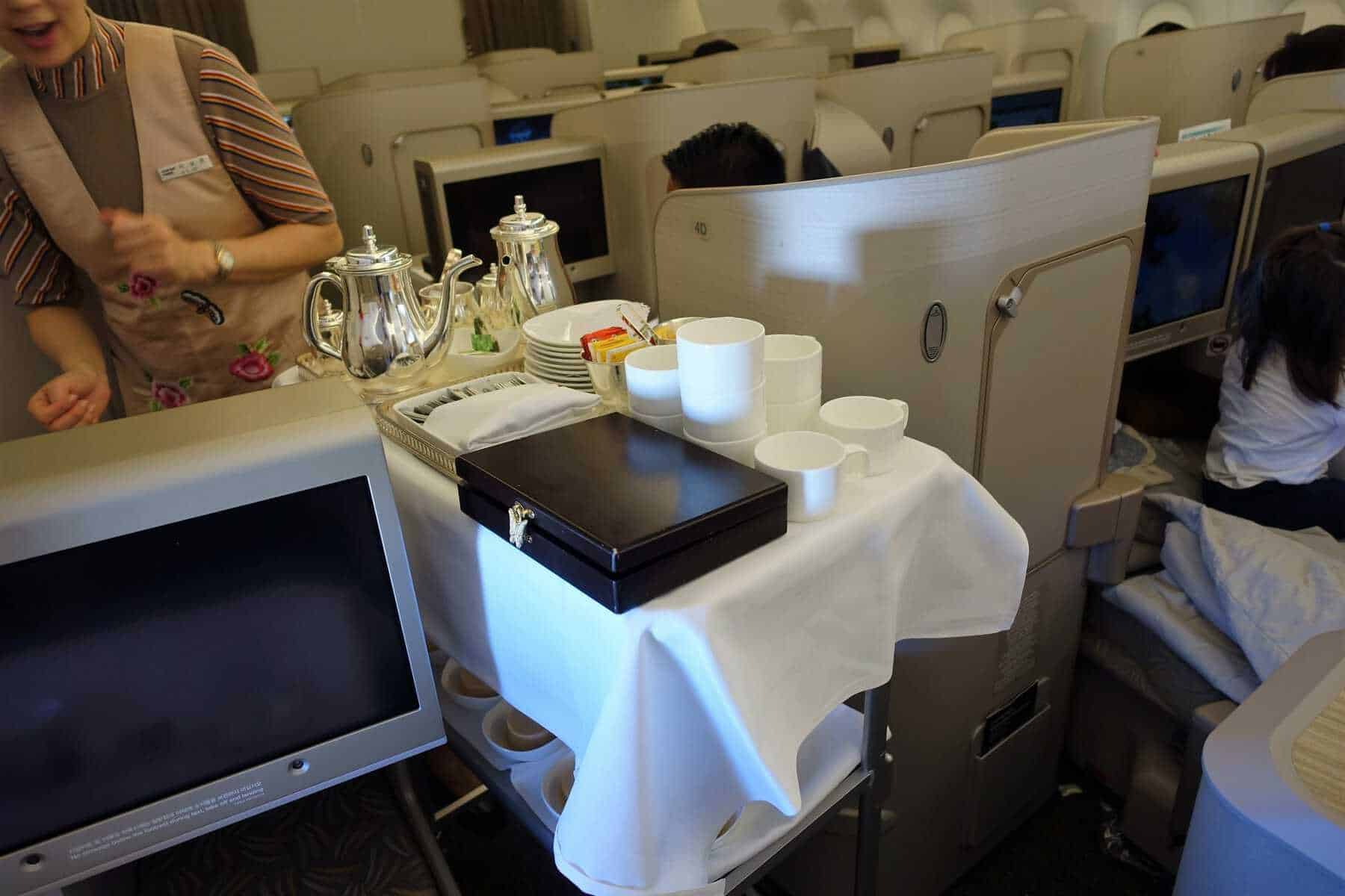 asiana airlines a350 business class icn sfo 70