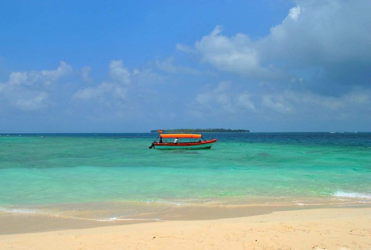 beach 1665370 1280
