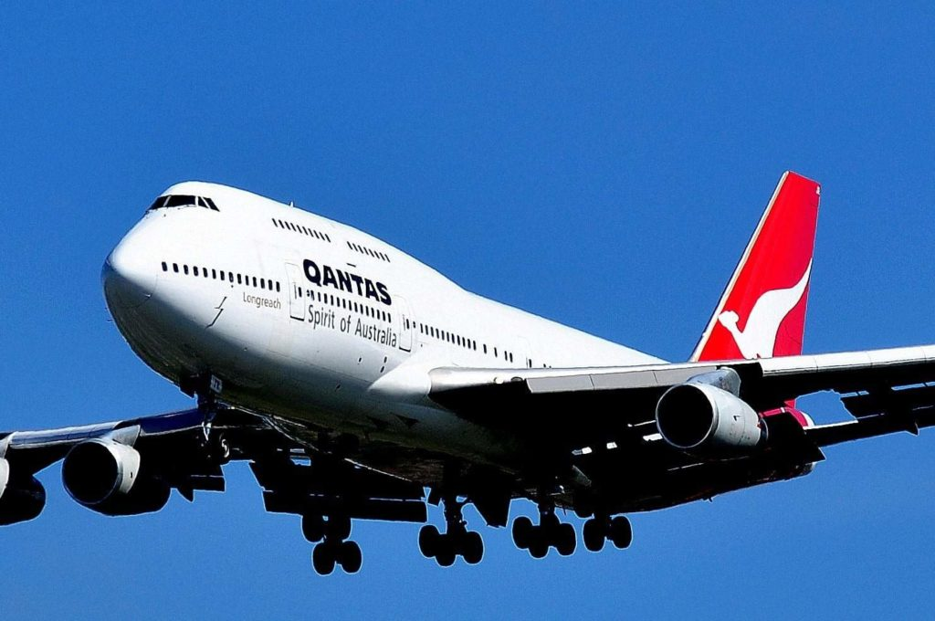 boeing 747 438 qantas vh ojr