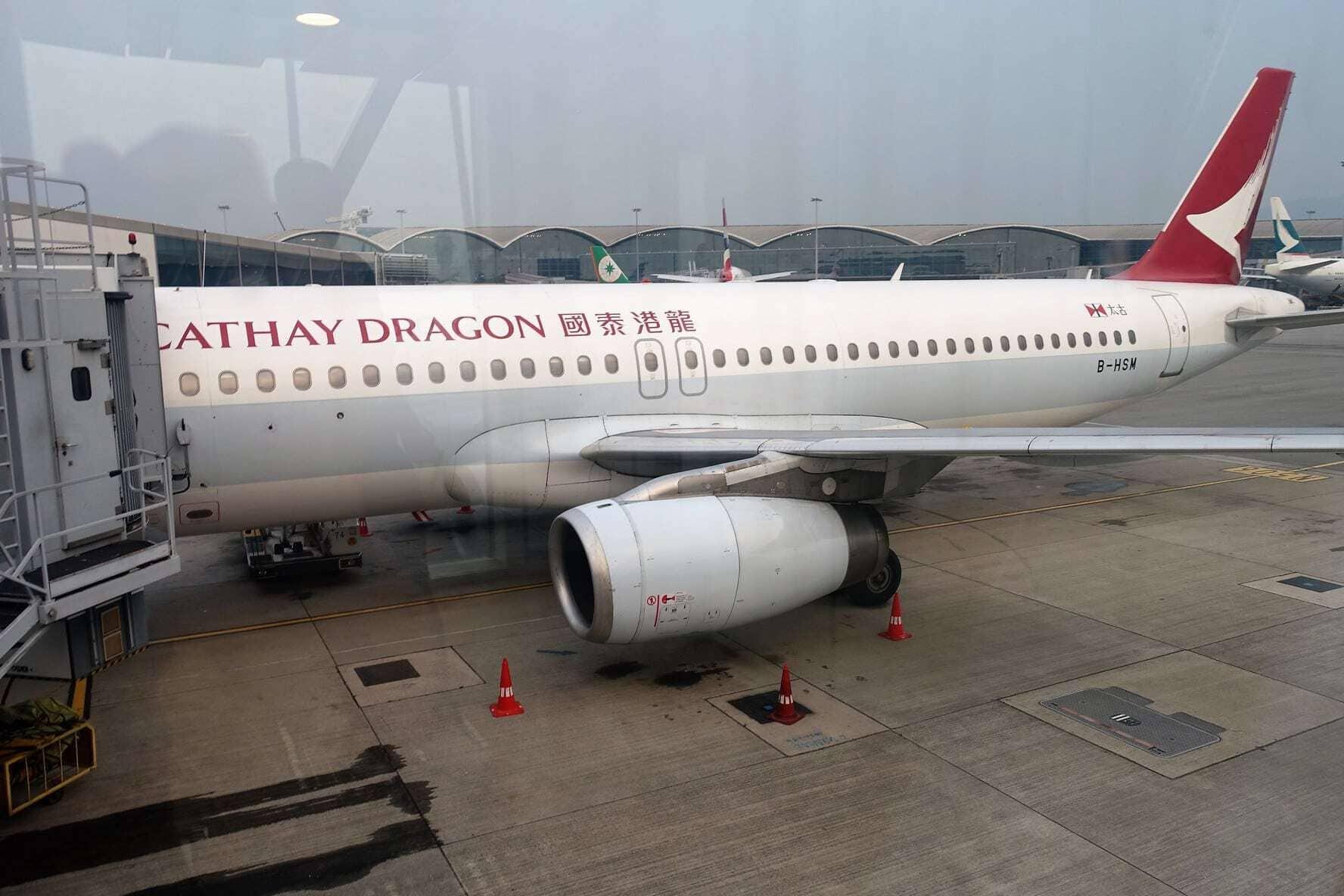 cathay dragon hkg han 23