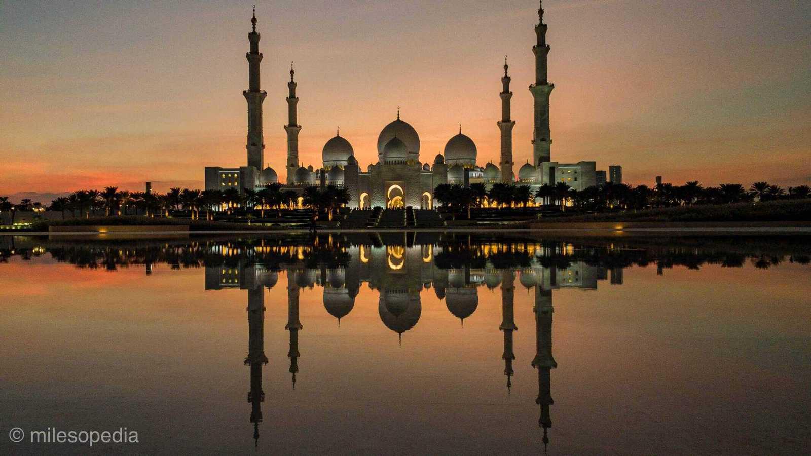 coucher soleil sur la mosquee
