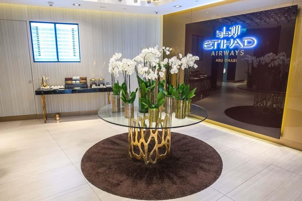 etihad airways first class lounge abu dhabi 17