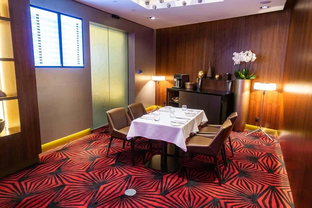 etihad airways first class lounge abu dhabi 30