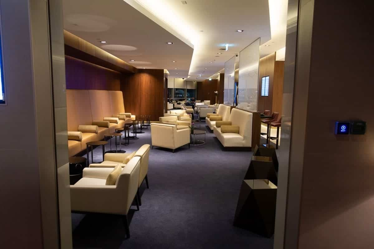 etihad airways first class lounge abu dhabi 33