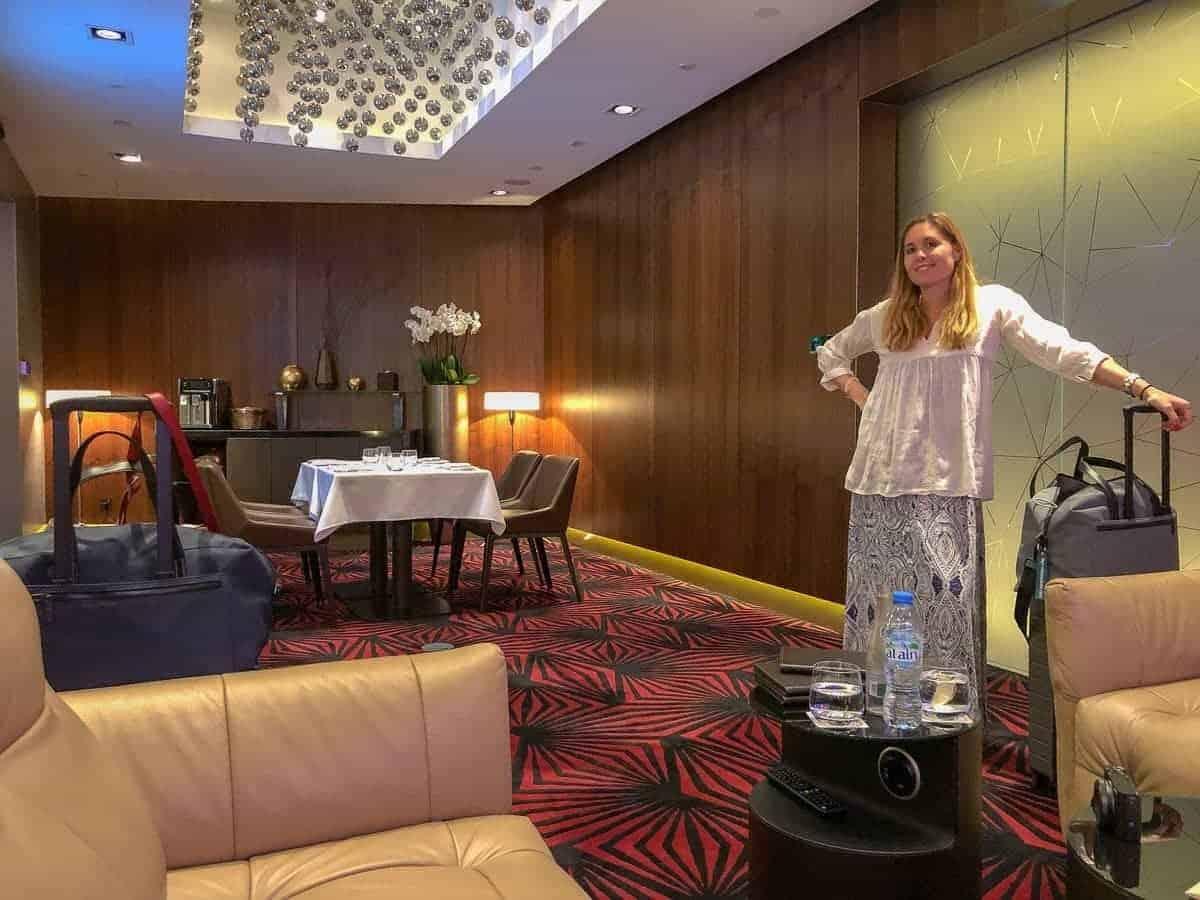 etihad airways first class lounge abu dhabi audrey