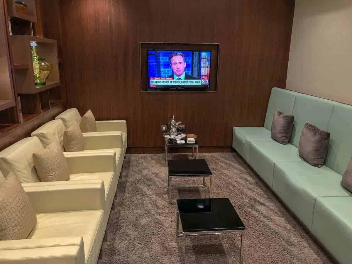 etihad arrivals lounge auh 12
