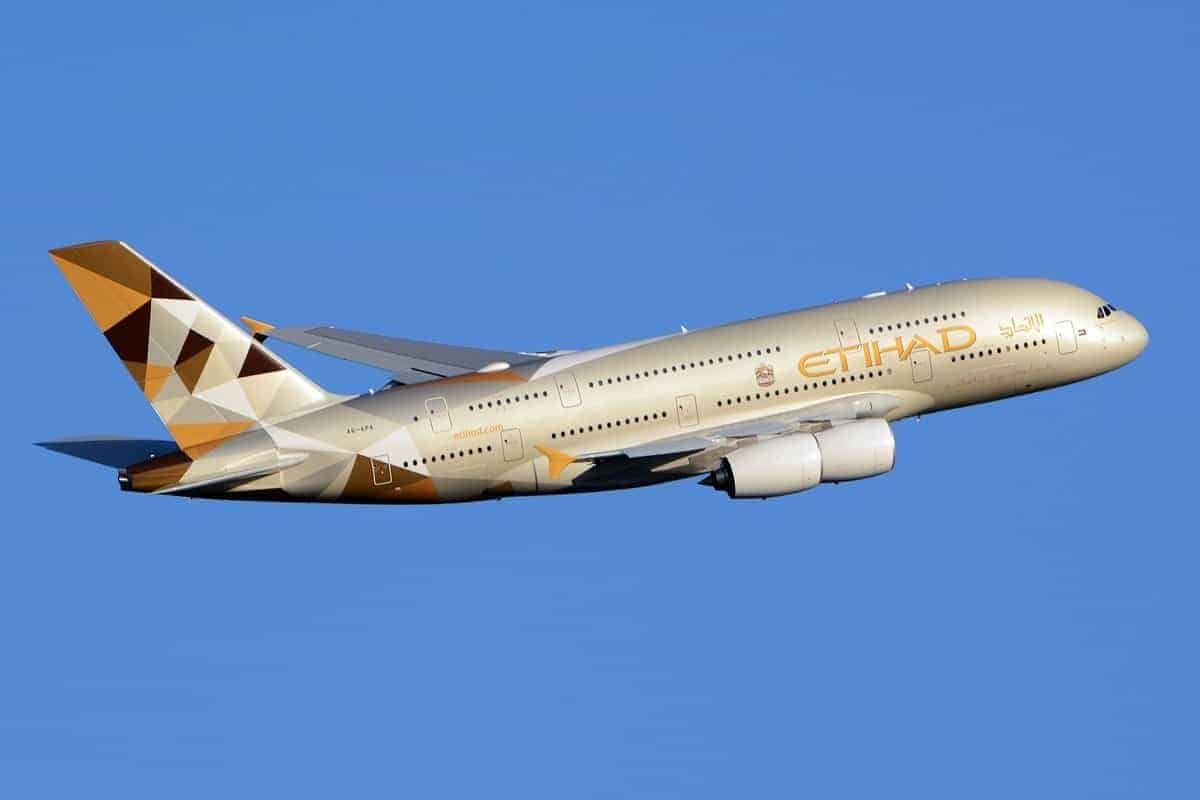 etihad airways airbus a380 861