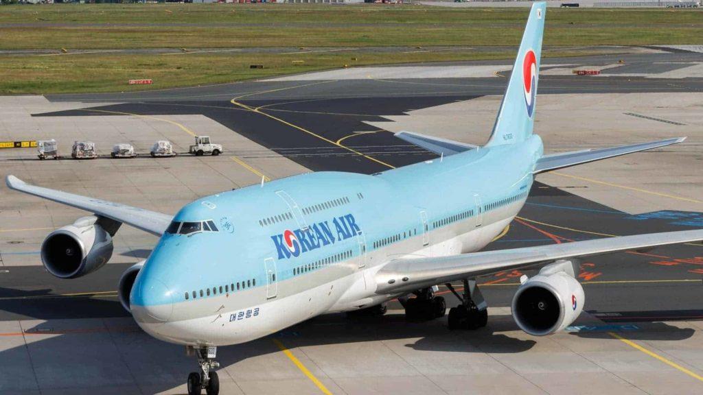 korean air lines boeing 747 8 hl7633 at frankfurt airport 4
