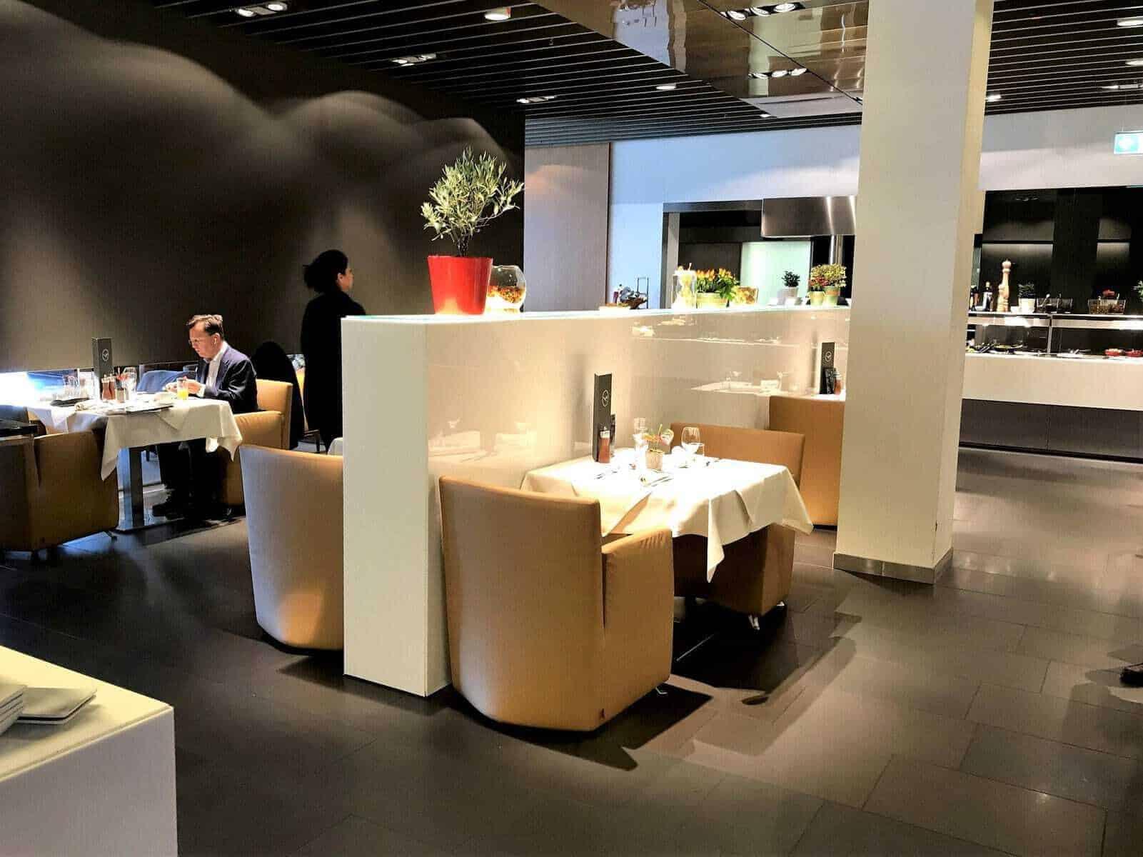 lufthansa first class lounge frankfurt 19