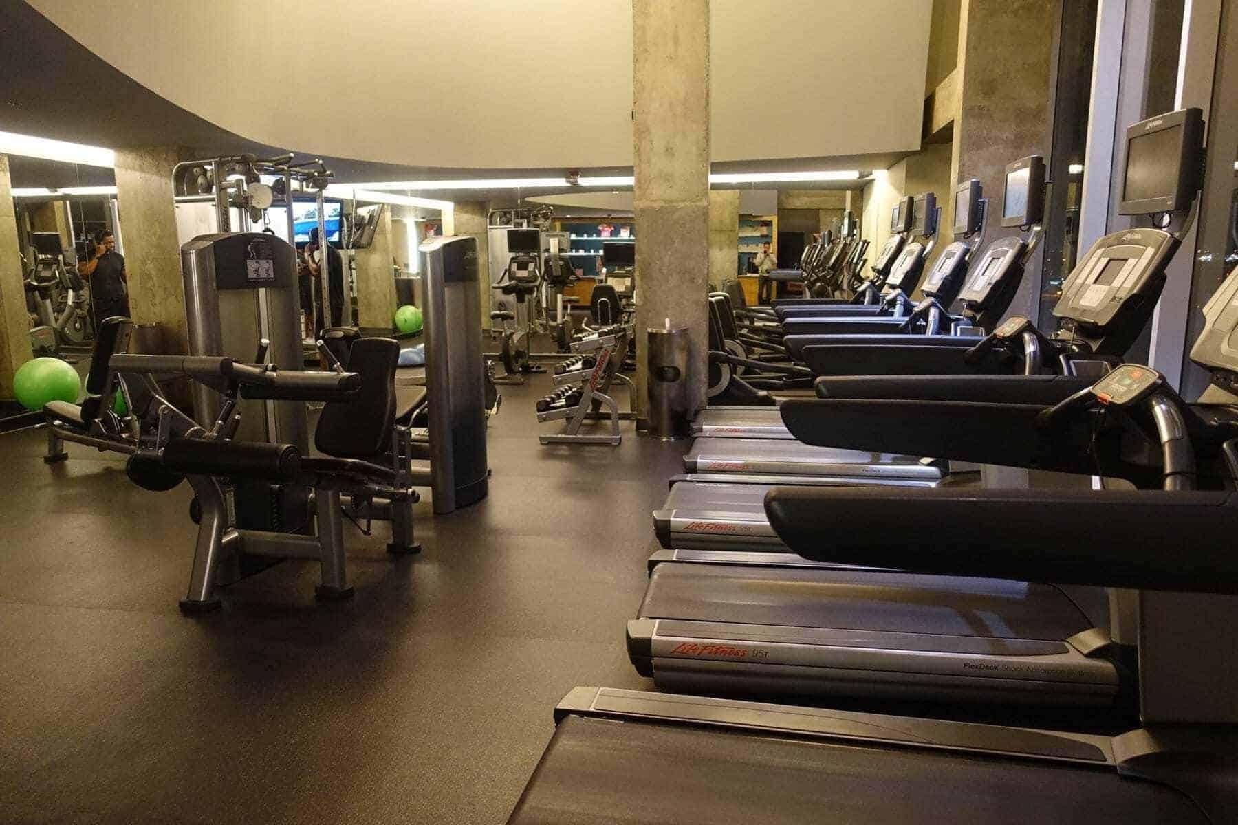marriott terminal aeroport montreal yul salle de sport