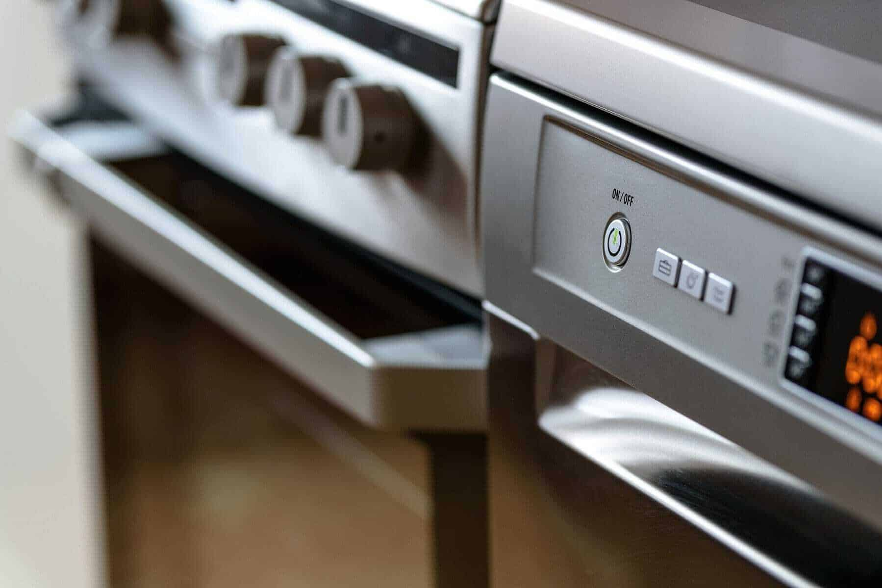 modern kitchen 1772638 1920