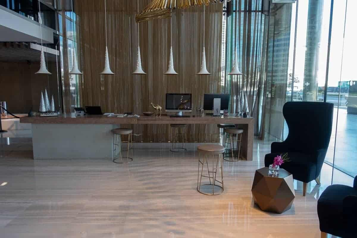 renaissance downtown hotel dubai lobby 03