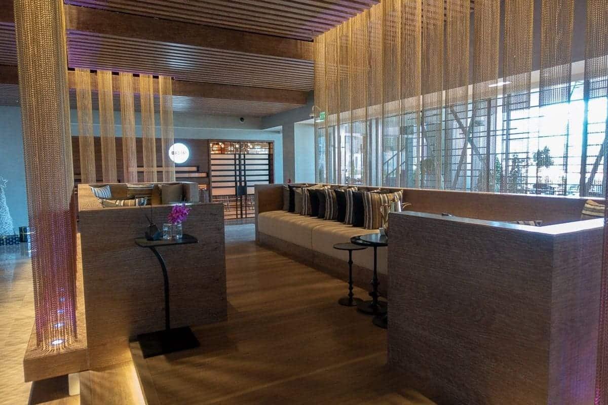 renaissance downtown hotel dubai lobby 10