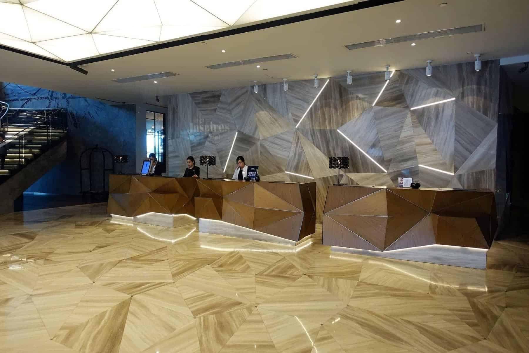renaissance riverside saigon lobby 08