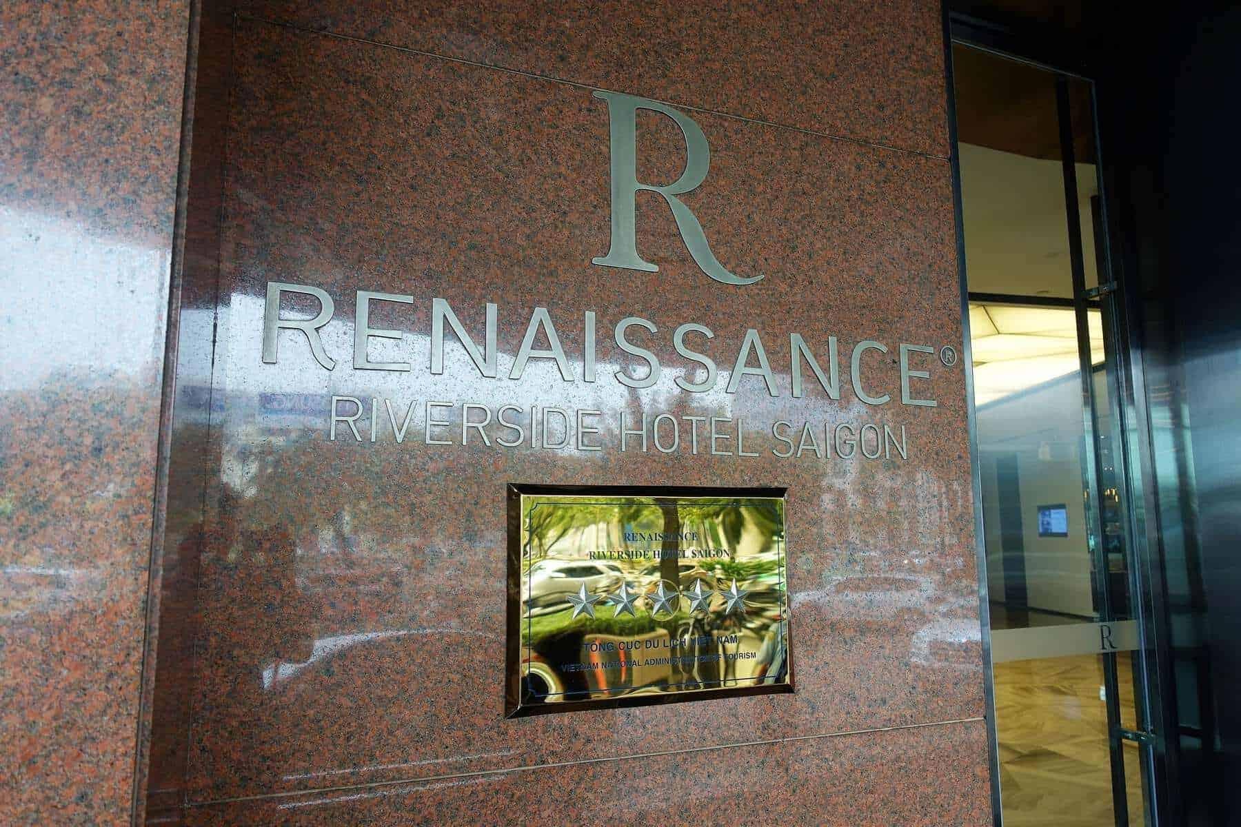 renaissance riverside saigon lobby 10