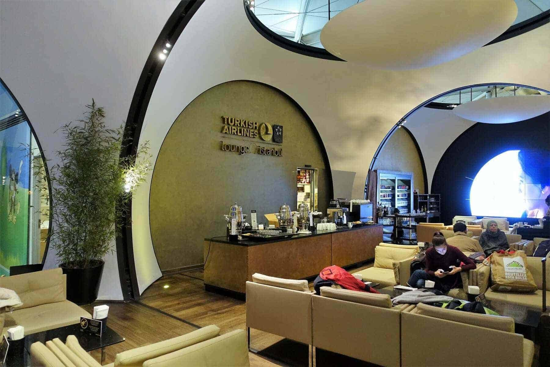 turkish airlines cip lounge 01