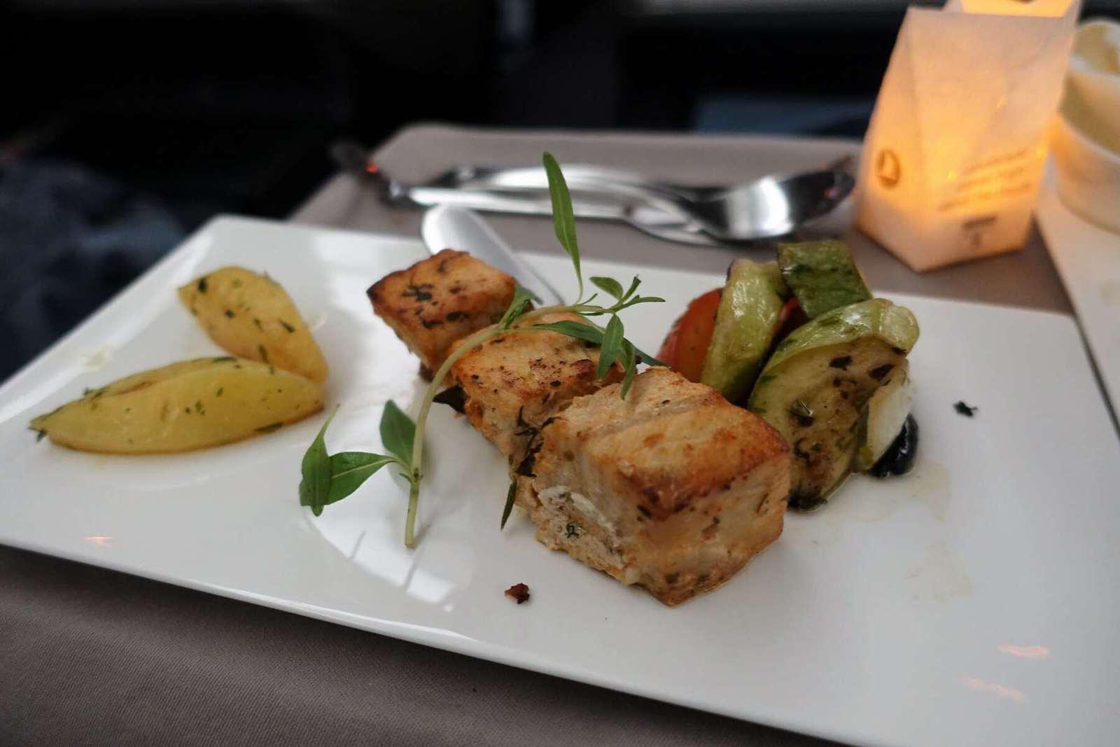 turkish airlines ist hkg 34
