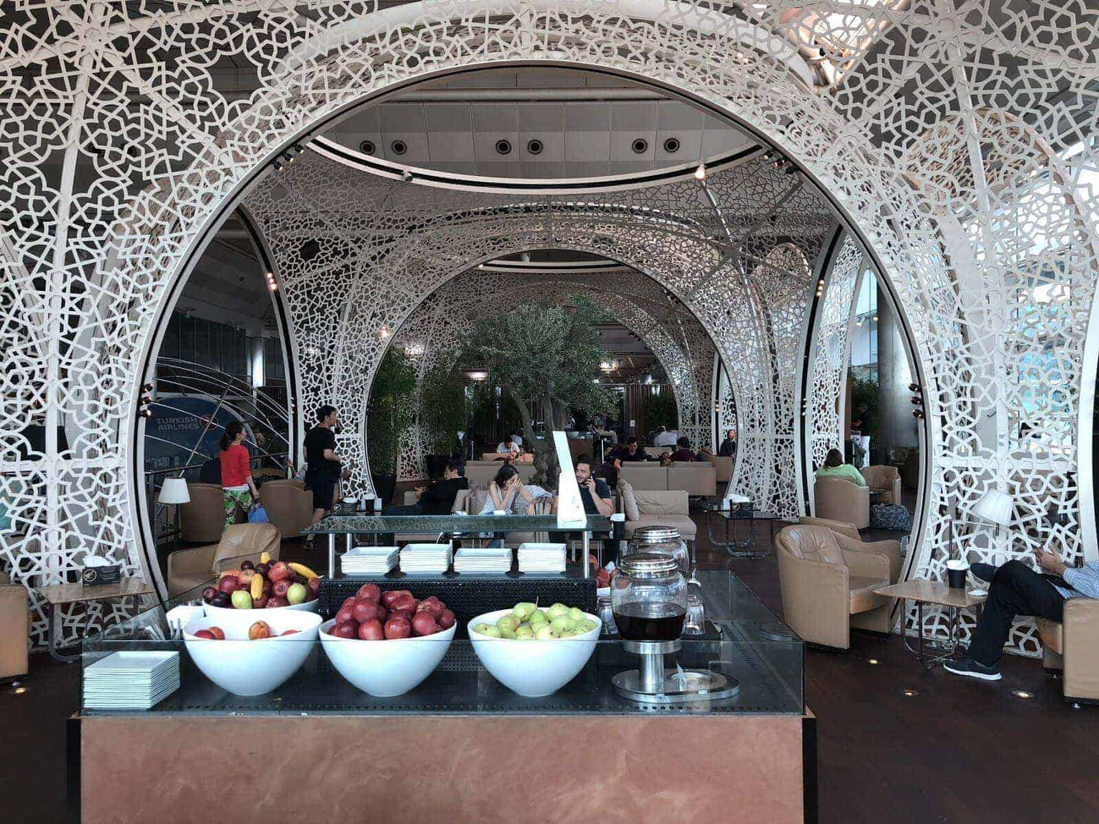 turkish airlines istanbul beyrouth affaires 21