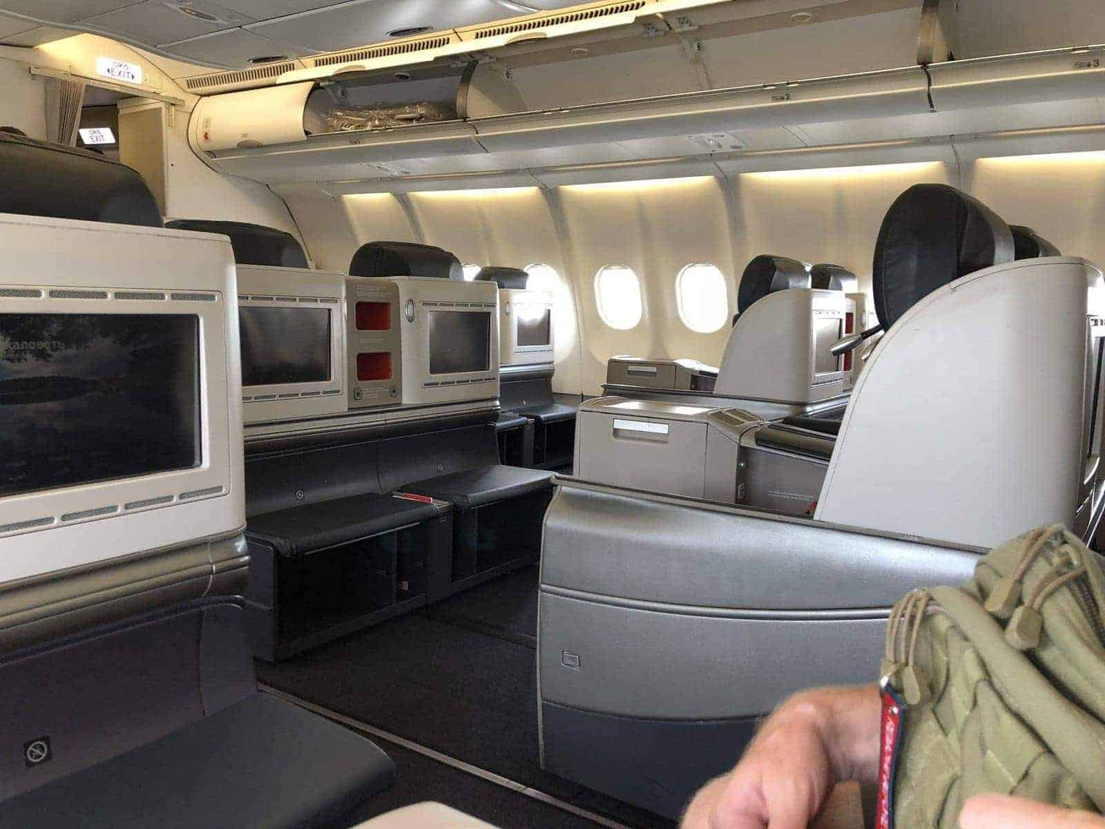 turkish airlines istanbul beyrouth affaires 27