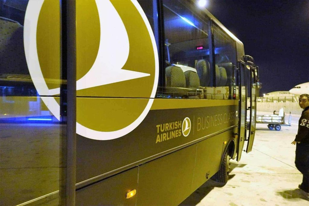 turkish airlines nce ist 44