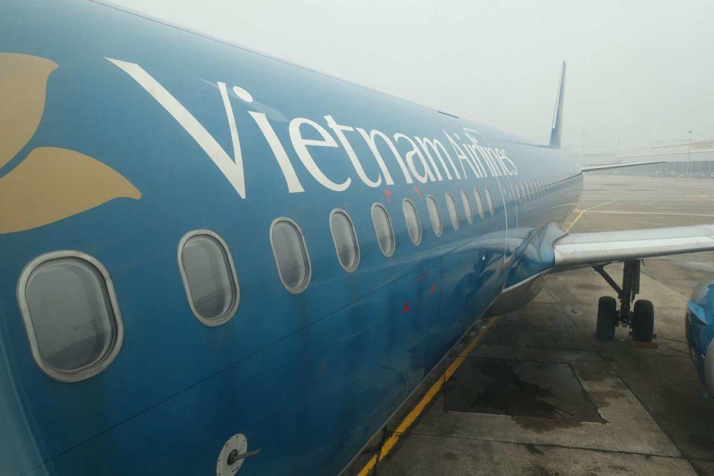 vietnam airlines han hui 13