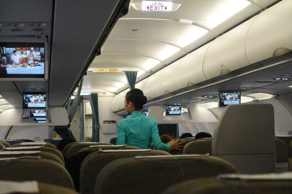 vietnam airlines han hui 26