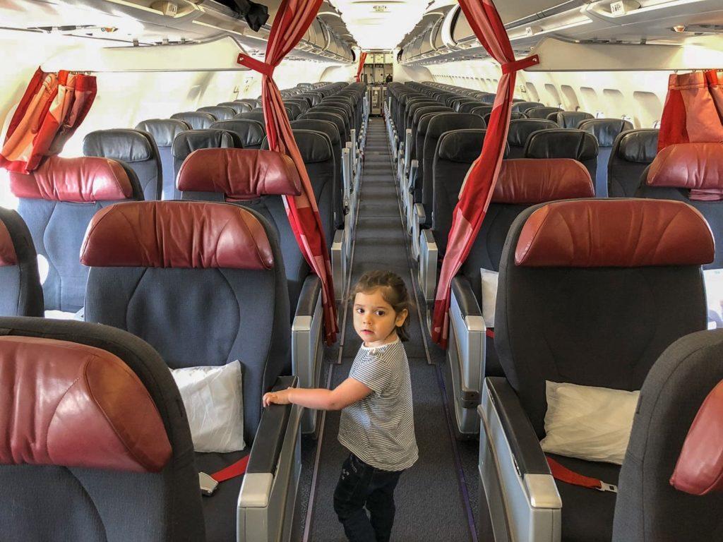 À bord d'Air Canada Rouge