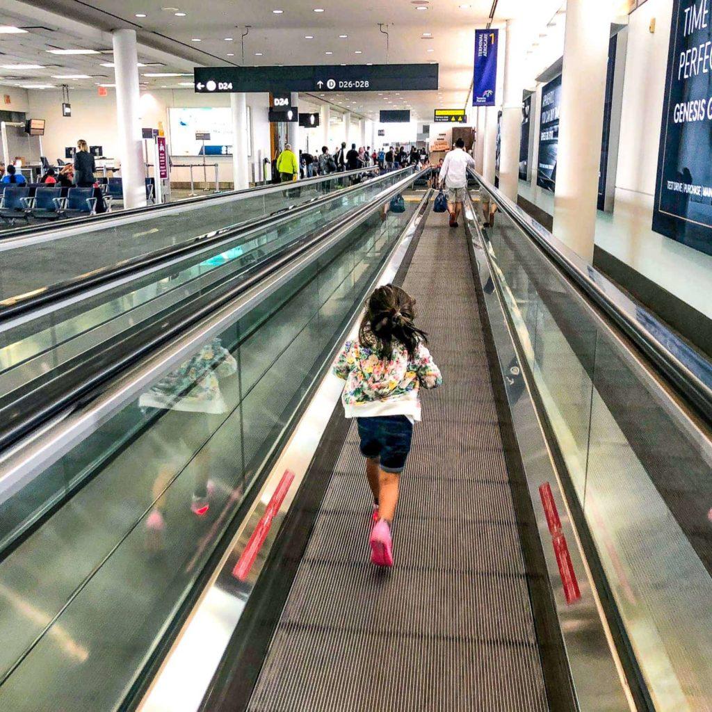 Alexandra, une habituée des aéroports