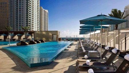 pool kimpton epic hotel miami