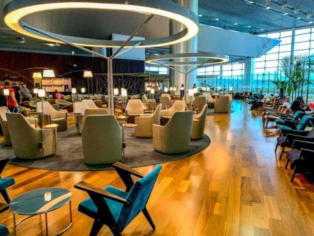 Gru Featured Lounge