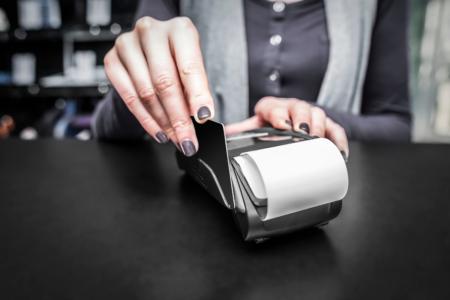 Carte Debit Featured